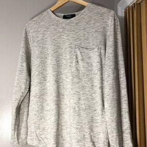 21 Men Light Grey Long Pocket T-Shirt